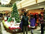 Атмосфера шоппинга и атмосфера праздника