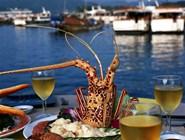 Морепродукты - важная составляющая местной кухни