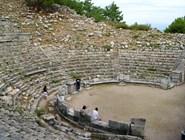 Руины амфитеатра