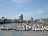 Старый порт, башня Сен-Николя и башня Цепи