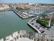 Вид на Старый порт и маяки с башни Сен-Николя