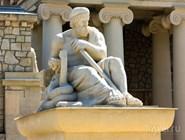 Скульптура доктора Эскулапа в Ессентуках