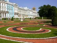 Сад перед Екатерининским дворцом