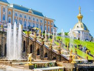 Дворец и фонтаны Большого каскада