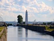 Канал Петровского дока и маяк