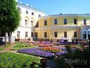 Сад у дворца