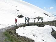 Пеший маршрут по снежным вершинам