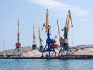 Морской порт в Феодосии