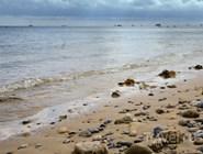 Песчано-галечный пляж, остров Уайт, Великобритания