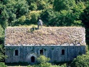 Руины церквушки