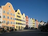 Разноцветные дома в городе Шердинг