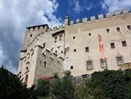 Замок Брюкк
