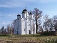 Собор Михаила Архангела в селе Микулино