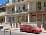 На одной из улиц курорта Аура