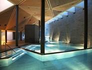 Бассейн в spa-центре