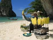 Продавец кукурузы на пляже