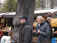 Брюссельцы на антикварном рынке