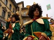 Дети с удовольствием участвуют в процессии