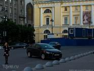 Перед Александринским театром