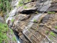 Слоистые скальные породы