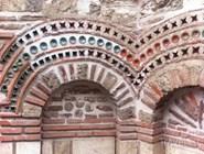 Украшения церковной стены