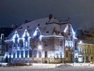 Праздничная иллюминация здания банка в Выборге