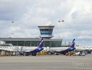 Самолеты перед терминалом D аэропорта Шереметьево