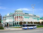 Дом Севастьянова (он же дом профсоюзов)