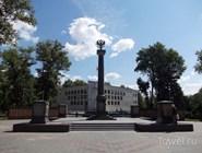 Памятная стела в Парке патриотов