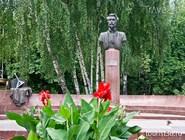 Памятник Пятницкому