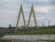 Мост Миллениум вид с дамбы