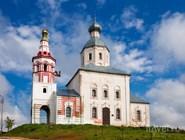 Ильинская церковь стоит на холме и видна из разных точек