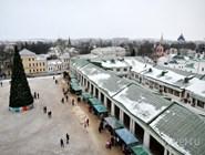 Вид на Торговую площадь и ряды с колокольни