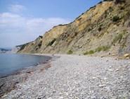 Галечный пляж Широкой Балки