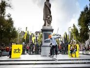 На площади Рембранта в Астердаме во время Amsterdam Dance Event
