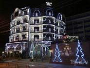 Новогодняя праздничная иллюминация в Анапе