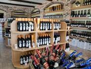 """Фирменный магазин рядом с заводом """"Кубань-Вино"""" в станице Старотитаровская"""