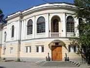 Старинное здание в Феодосии