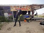 Дайвинг-клуб находится на берегу моря у начала Бугазской косы со строны Благи