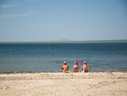 Песок на пляже Сенного - завозной