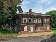 Деревянный дом на окраине Переславля