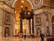 Интерьер базилики Св.Петра