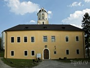 Замок в Malenovice