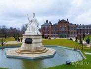 Cтатуя королевы Виктории
