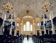 Интерьер церкви Святого Мартина в Полях