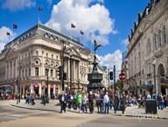 Площадь Piccadilly Circus со статуей Антэроса