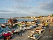 Стоянка яхт рядом с морским портом в Анапе