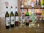 """Вина и другие напитки от  завода """"Кубанская винная компания"""", расположенного в поселке Сенной"""