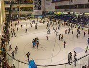 Крытый каток в Dubai Mall