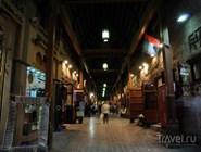 Ночные улицы квартала Бар-Дубай